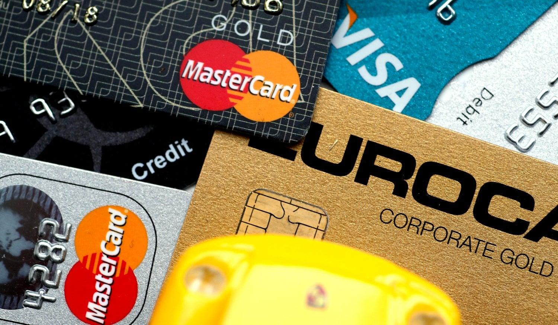 kredittkort til å betale for leiebilen